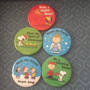 Bundle of 5 Peanuts Christmas Pins SNOOPY WOODSTCK